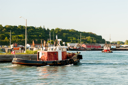 picture of a Tug Boat at the Harbour in Goderich